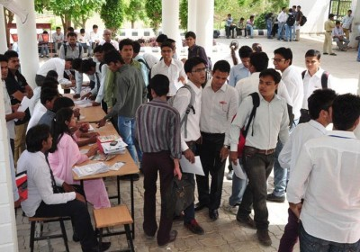 127 students received offer letters in College Job Fair Udaipur