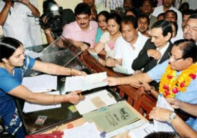 Minister Shanti Dhariwal file nominations with 22 others