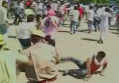 Rajasthan : 25 Students injured during clash with Police