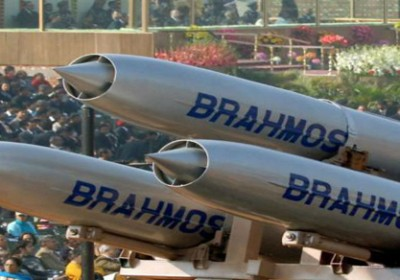 Indian Army successfully test fires Brahmos missile