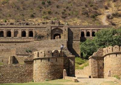 NSG disposes of over one tonne explosives from Ranthambore Fort